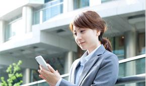 初めての方でもスマートフォンやPCから診療のWWeb受付が簡単に出来ます